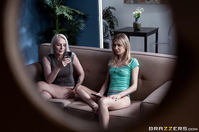 Brazzers Exxtra – Mackenzie Moss Secret Roommate