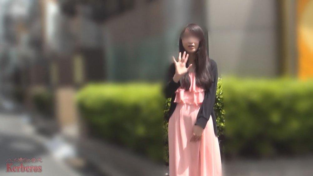 FC2 PPV 1506536 【無修正x個人撮影】レンタル彼女が割引キャンペーン中だったので、撮影オプションをつけて利用してみたら不愛想な文学少女が現れた…【#ちっぱい】