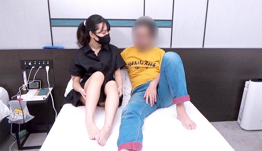 FC2 PPV 2315878 【マグナム本気生セックス】3か月口説き続けた○リ美少女。本気のマグナムセックスで連続膣イキちんぽ無しではいられない身体に仕込む。女を中でイカせる手法を徹底解剖 FC2-PPV-2315878